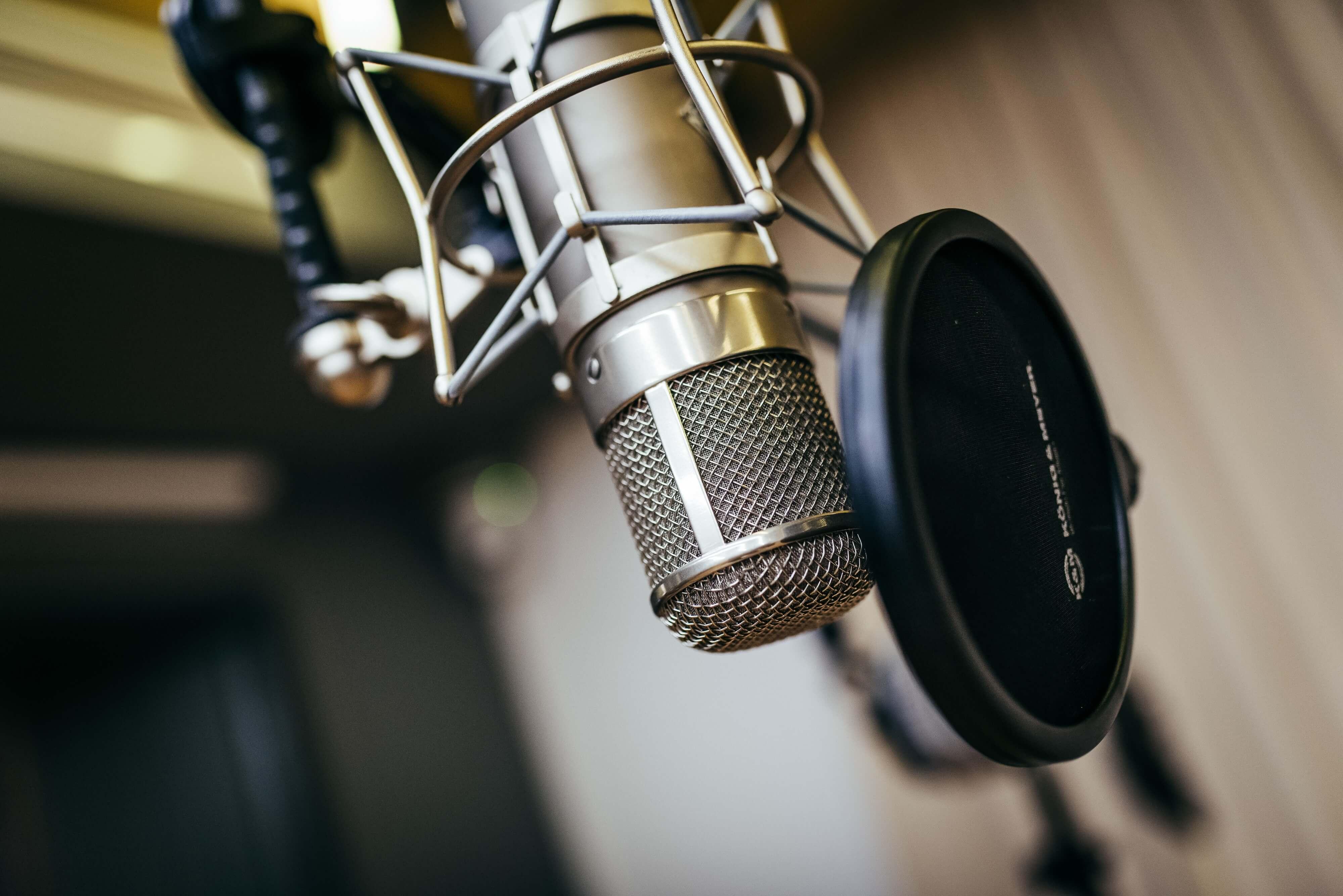 productor musical barcelona microfono cantante profesional