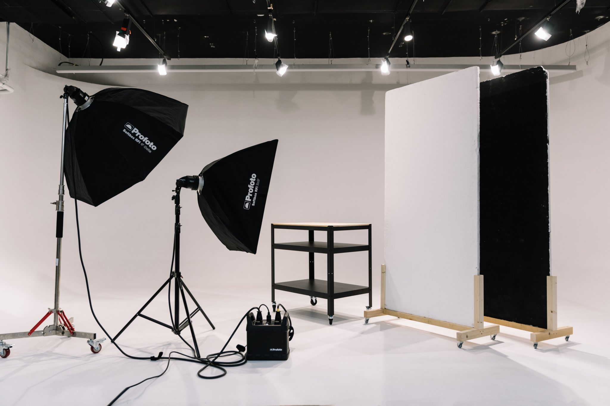 ArtSpace BCN - Sala XL para video empresafoto set1
